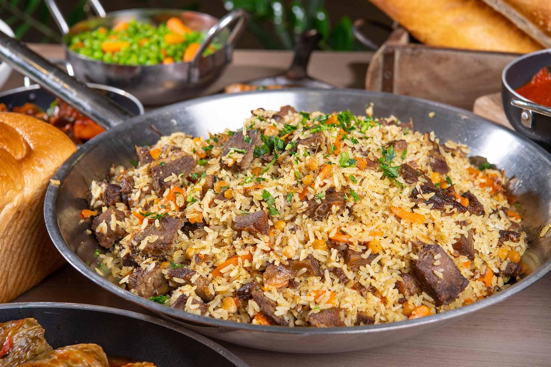 תבשיל אורז עם בקר , שירותי הסעדה לאירגונים TryFoodies;